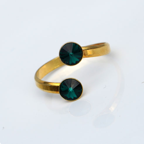 Gold plated Silver Adjustable ring made with Emerald Swarovski® crystals. May birthstone.