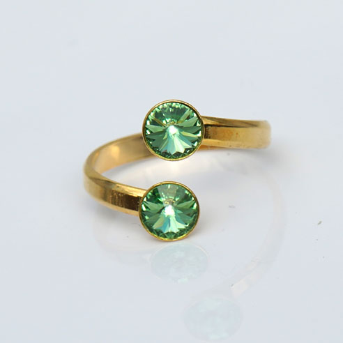 Gold plated Silver Adjustable ring made with Peridot Swarovski® crystals. August birthstone.