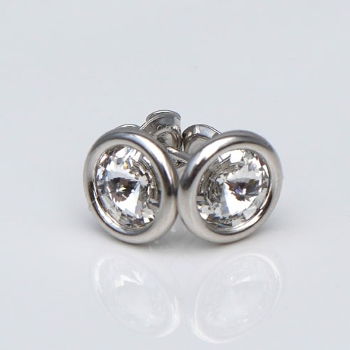 Sterling Silver stud earrings crafted with clear Swarovski® crystals. April birthstone jewellery.